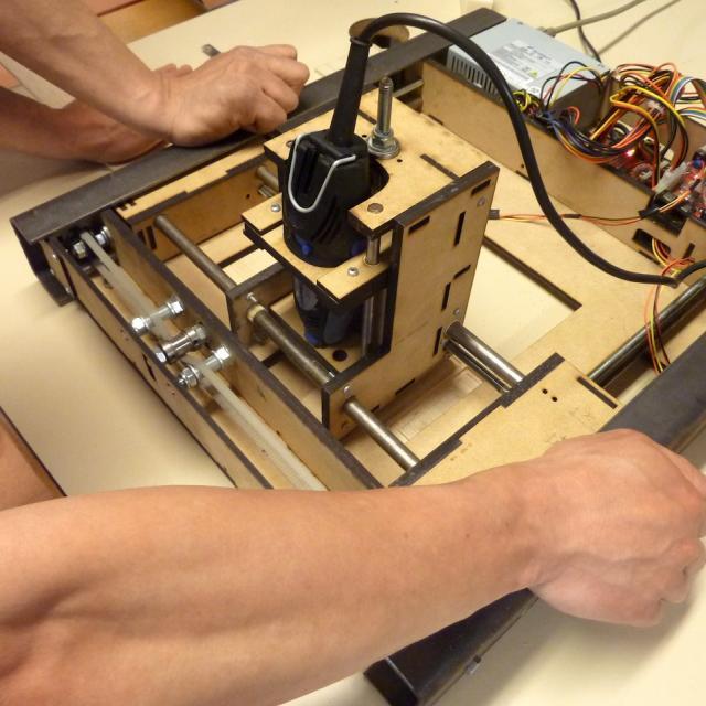 fabrication d 39 une mini cnc en kit formalab. Black Bedroom Furniture Sets. Home Design Ideas